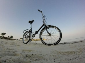 bianchi-folding-on-the-beach-2