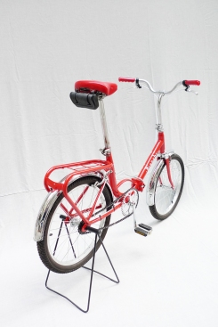 Bianchi-folding-red-3